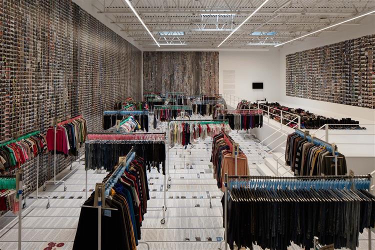 Laundromat - Ai Weiwei