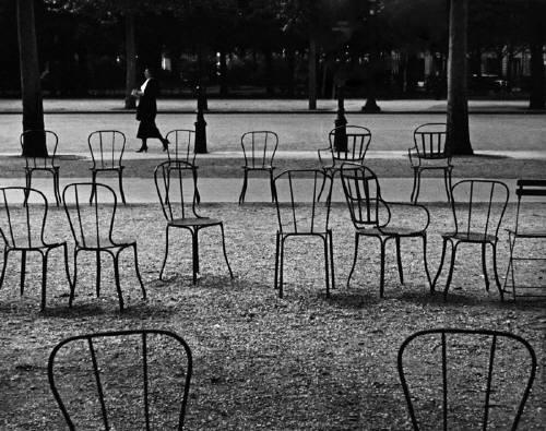 Champs Elysées, Paris, 1929 - Andre Kertesz