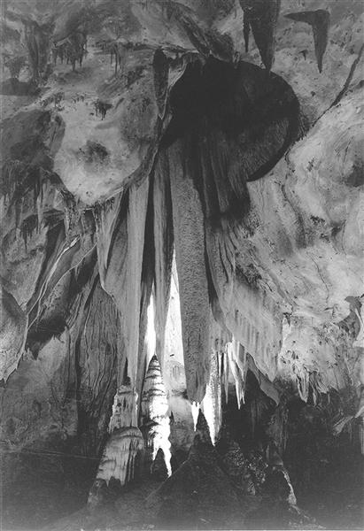 Onyx drapes in the Papoose Room, Carlsbad Caverns - Ansel Adams