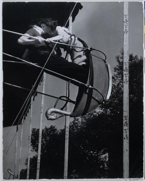 The Kiss, 1935