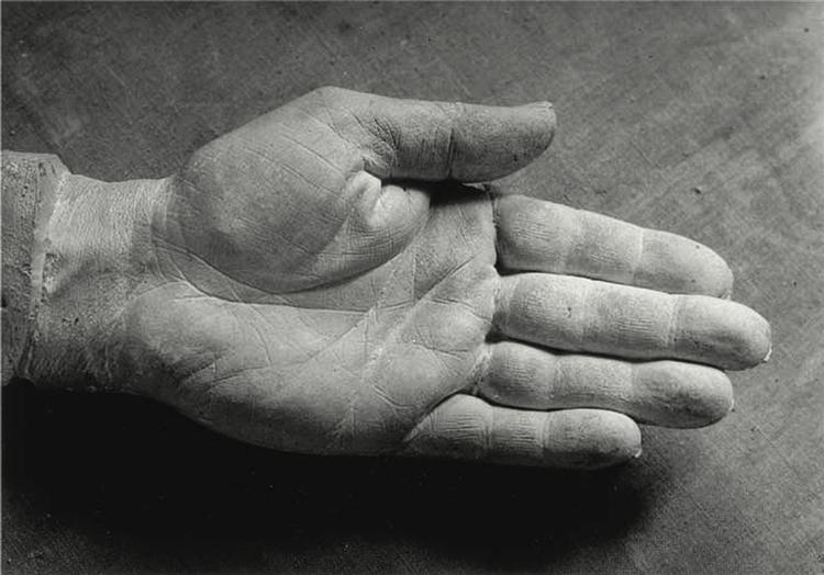 The Right Hand of Picasso, 1943 - Brassai