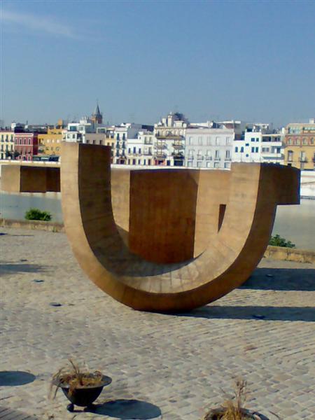 Monumento a la Tolerancia, 1992 - Eduardo Chillida
