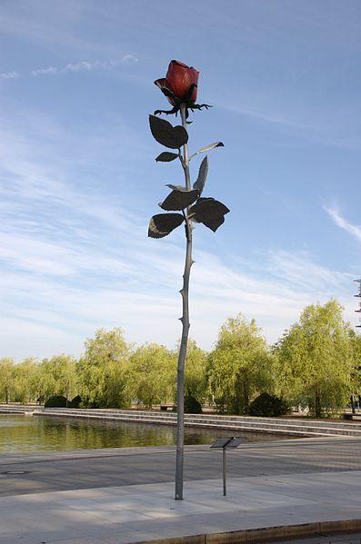 Rose, 1993 - Іза Генцкен