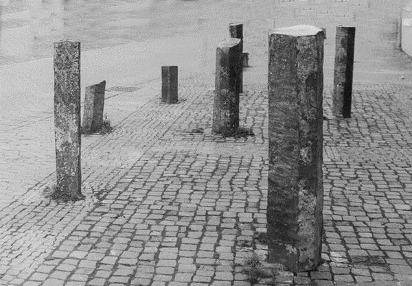 Sieben Stelen, 1978 - Karl Prantl