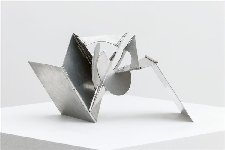 Pocket Creature (Bicho de Bolso), 1966 - Lygia Clark
