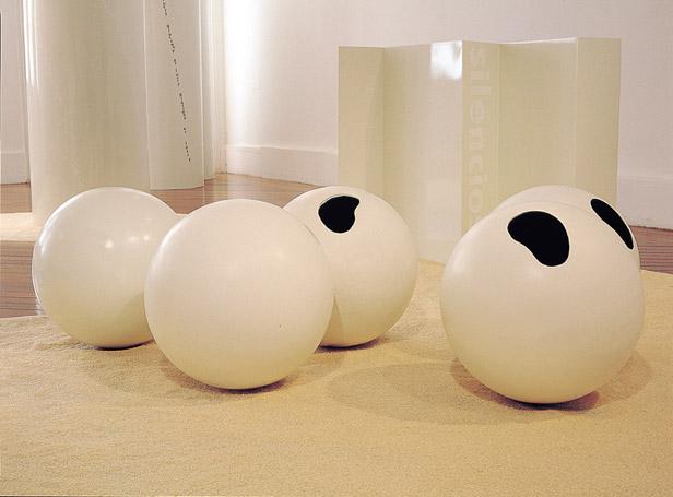 Balls, 2001 - Лигия Пэйп