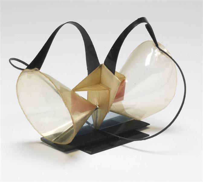 Model for 'Construction in Space 'Two Cones'', 1927 - Naum Gabo