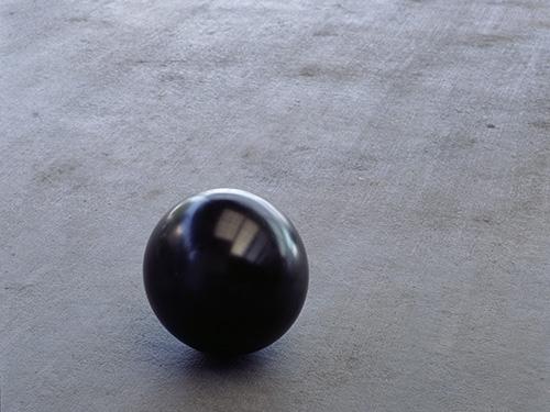 Black Asphere 9, 1988 - Roni Horn